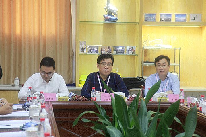 全国汽车标准化技术委员会电器分技术委员会秘书长李伟阳