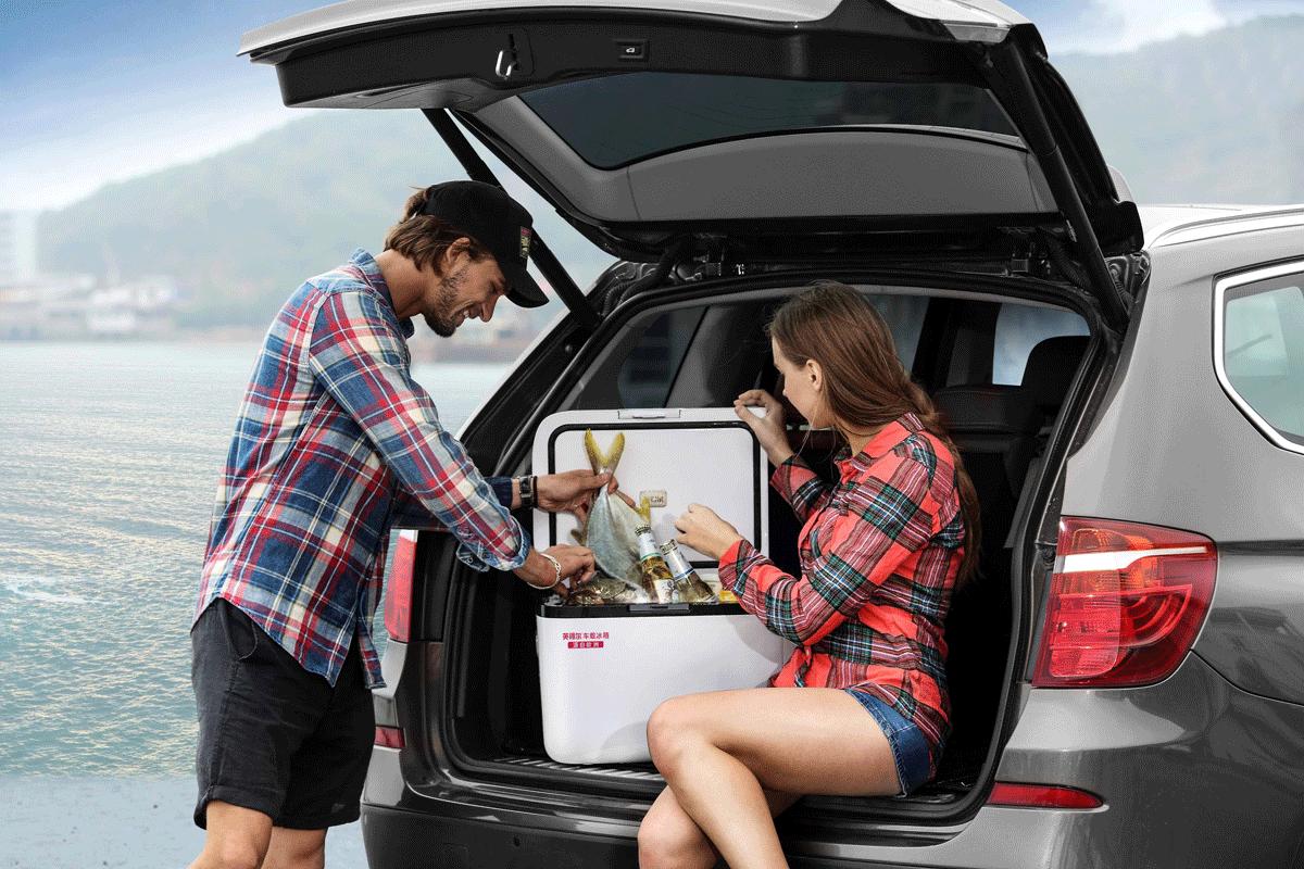英得尔车载冰箱自驾游场景